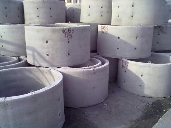 Кольца для колодцев, железобетонные,Люки канализационные полимерные и чугунные: