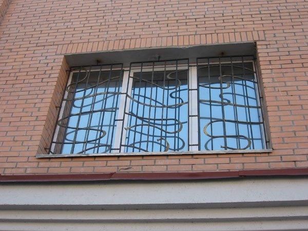 Фото 8 Решетки на окна кованые .грати на вікна. ограждения. 336330