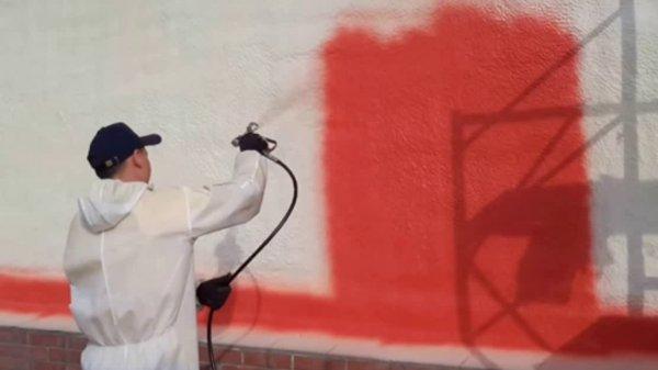 Фото  1 Покраска механизированная безвоздушная. Покраска стен, потолка, полов. Покраска промышленными альпинистами 1927665