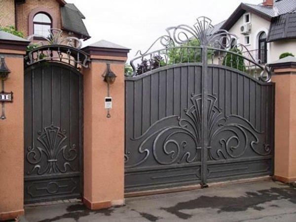 Фото 7 Ворота кованые с калиткой 332647