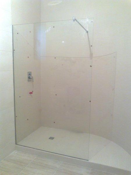 Фото  1 Стеклянные перегородки для душевой кабины и ванной из матового и тонированного стекла, Одесса 51147