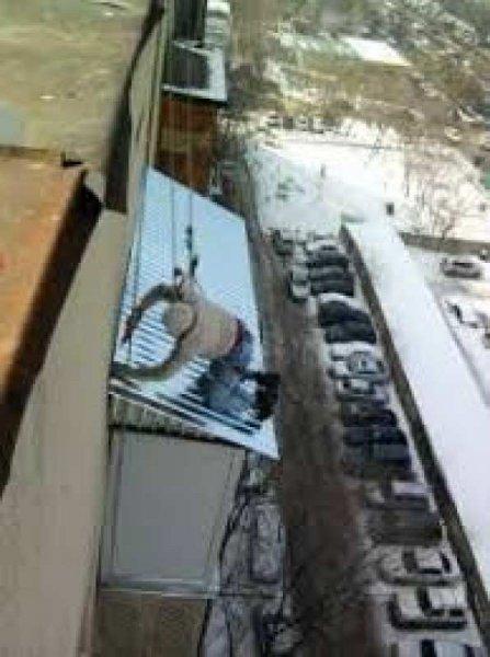 Фото 2 Покрівельники, ремонт дахів і козирків балконів 336053