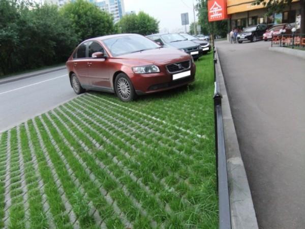 тротуарная решётка для парковки авто просторы