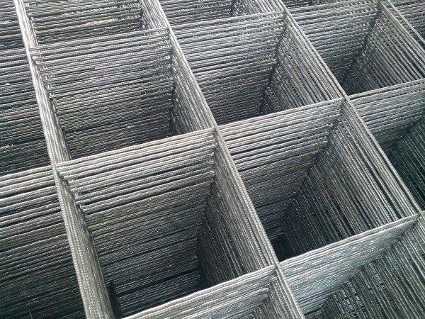 Фото  1 Сетка сварная яч. 200, д. 3 (2,7) мм, 1,0*2,0 м 1920523