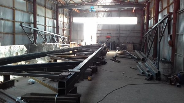 Виготовлення будівельних металоконструкцій різної складності.