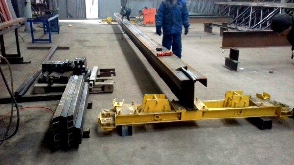 Изготовление нестандартных металлоконструкций и грузо-подъемных механизмов под заказ.