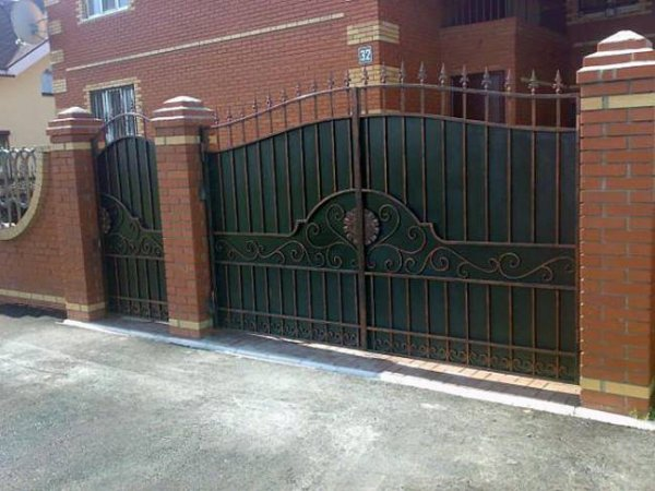 Фото 4 Распашные ворота,въездные ворота,Кривой Рог 331684
