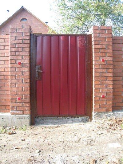 Фото 1 Калитка с воротами из профнастила 332663