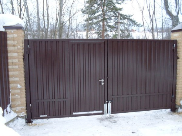 Фото 4 Калитка с воротами из профнастила 332663