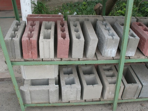 Блоки бетонные стеновые, камень бетонный