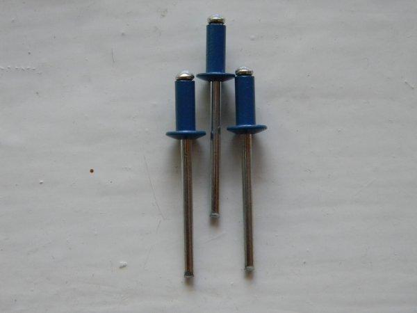 Фото  1 Вытяжные заклепки RAL 5010 темно-синие размер 4*10 2006596