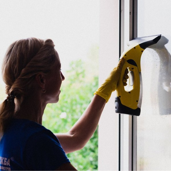 Фото 2 Прибирання будинків. Чищення килимів, миття вікон Рівне 274901