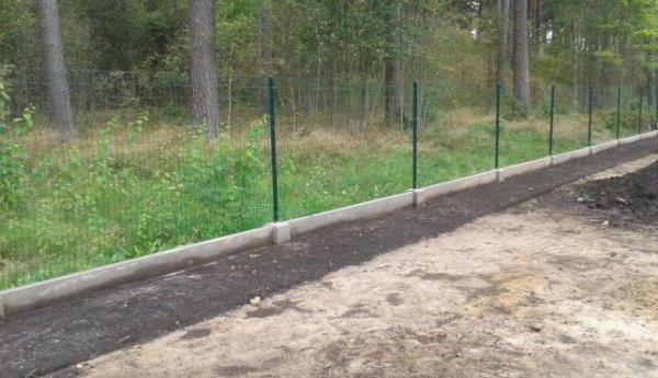 Фото 8 Цоколь для 3D секційного паркану, звареної сітки, кованого паркану 332606