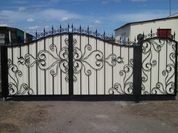 Фото 5 Ворота распашные,ворота кованые,ворота въездные,ворота с профлиста 331614