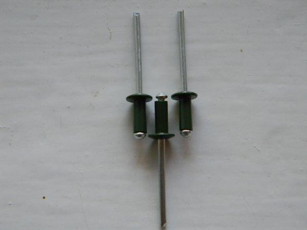 Фото  1 Вытяжные заклепки RAL 6020 зеленый хром размер 4*10 2006595