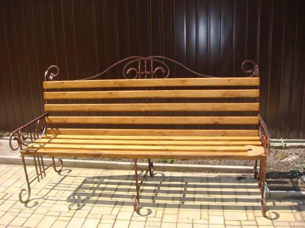 Фото 1 Скамейка кованая на кладбище . Лавочка на дачу. 336331