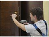 Установка дверей в Киеве и Киевской области