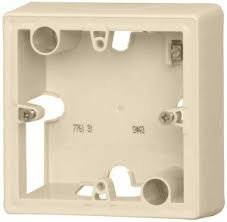 Фото  1 Коробка для накладного монтажа, 1-ная Legrand Valena Classic 776131, цвет слоновая кость 1919959