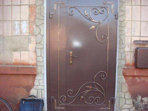 Фото 1 Двері в підвал . Двери в подвал. двери в подезд . гараж . погреб 336326