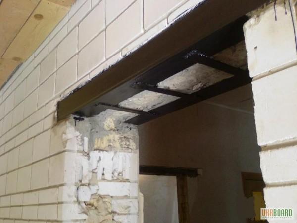 Дементаж стен из кирпича