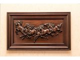 Эксклюзивная картина «Лошади» из ценных пород древесины.