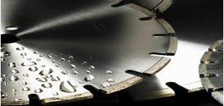 Алмазная резка бетона, кирпича. цена зависит от плотности материала и толщены реза. асфальт