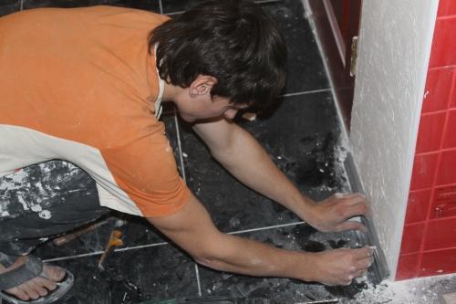 Алмазная резка по бетону без пыли. Сверление отверствий под вытяжки