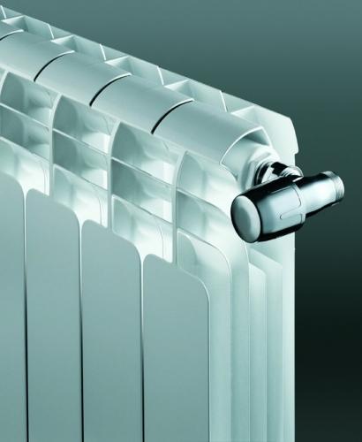 Алюминиевые радиаторы Faral изготовленные методом литья под давлениемиз алюминиевого сплава.