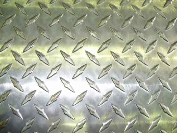 Алюминиевый лист рифленый квинтет 2х1500х3000мм 2мм ГОСТ 1050 А Н24 марка