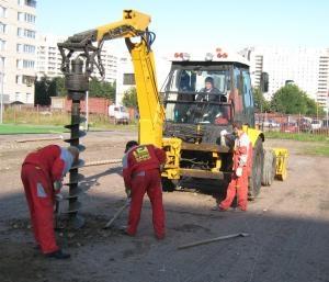 Аренда ямобура Киев. Диаметр ямабура от 200, до 600 мм, глубиной бурения от 0,5 до 2,1 метра, бурения ям под ограждение.