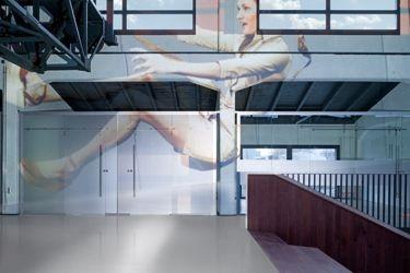 Armstrong Favorite PUR гомогенный коммерческий линолеум элитного класса на складе в Киеве