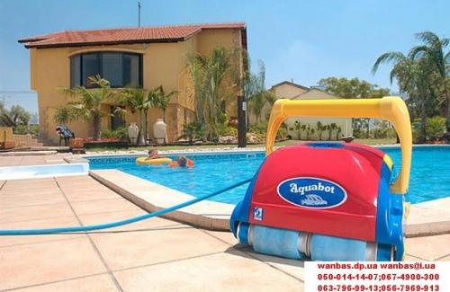 Автономный робот пылесос для бассейна VIVA очищает дно и стены бассейна Для бассейнов до 25 метров