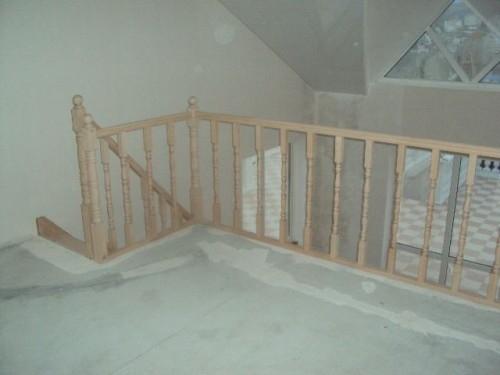 Балюстрада для прямой лестницы с поворотом дл.3м 1м ясень