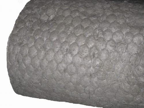Базальтовая минеральная вата из БСТВ MagmaWool™ на сетке Манье для теплозвукоизоляции и огнезащиты.