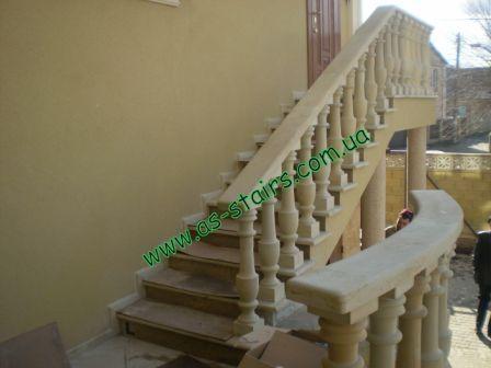 Бетонная лестница маршевая