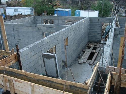 бетонные блоки, безшлакового производства для возведения несущих и перегородочных стен