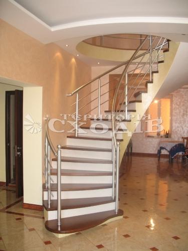 Бетонные лестницы, полувинтовые, маршевые