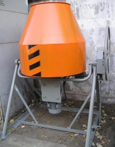 Бетоносмеситель БСД-300