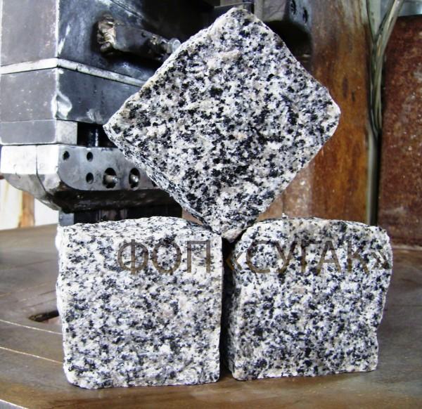 Бруківка колота гранітна біло-чорного кольору (покостівка)Висока якість.
