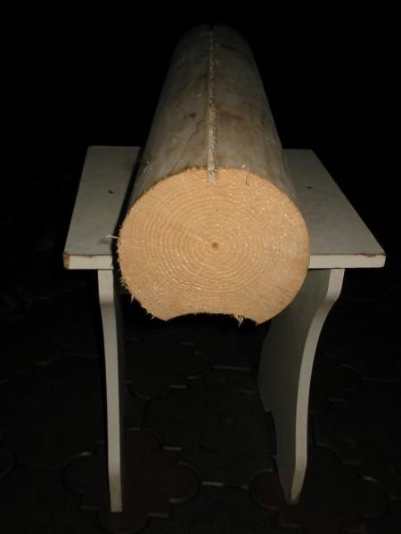 Брус оцилиндрованный. Диаметр 160-240 мм. Длина 5-6 м. Материал Смерека (Карпатская Ель).