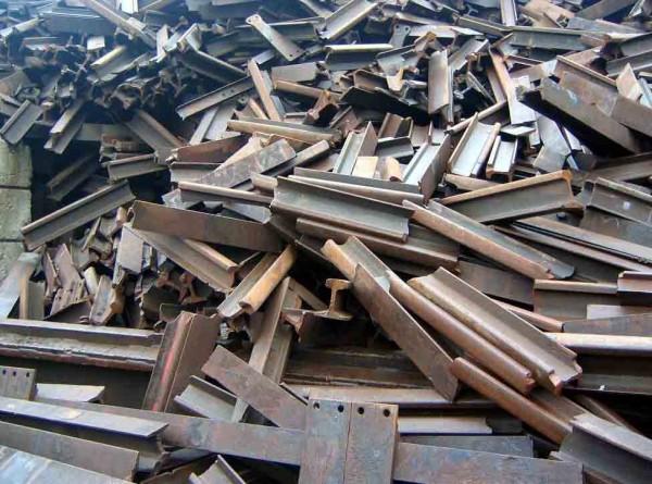 Закупаем лом чёрных и цветных металлов в Кривом Роге у населения и предприятий т.096-394-89-90