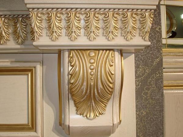 Декор интерьерный: консоли, пилястры, кронштейны, накладки, капители