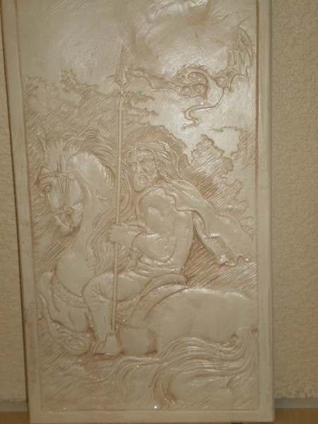 Декоративная картина из гипса
