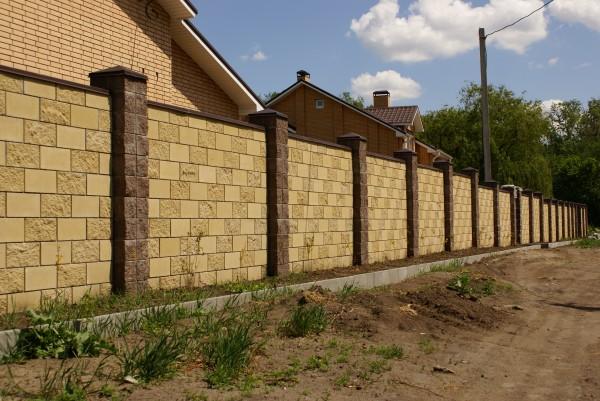 Декоративные кирпичные заборные блоки