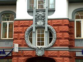 декорируем фасады домов лепкой
