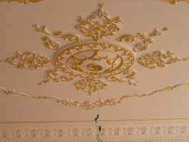 Декорируем потолки лепкой большой опыт