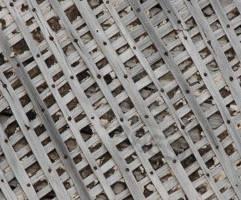 Демонтаж деревянных перегородок (дранка) в частном доме