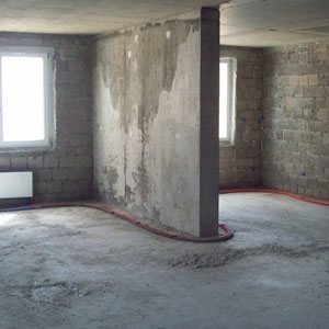 Демонтаж штукатурки, плитки, паркета, стяжки, окон, дверей, тумб, перегородок.