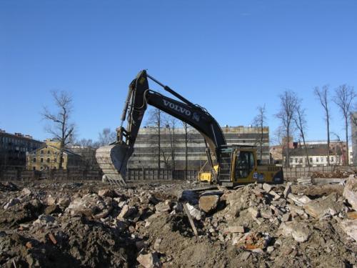 Демонтаж сооружений, вывоз строй. мусора, копание котлованов, чистка озер, грунт на подсыпь, песок, щебень, аренда спец. техники.