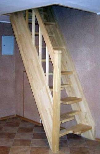 "Деревянная лестница Batterflay""гуси ный шаг"", алогабаритная прямая с поворотом на 90град ш.70см ольха"